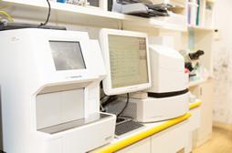 血液化学検査器